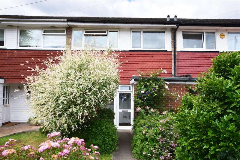 3 Bedrooms Terraced House for sale in Stourton Avenue, Hanworth