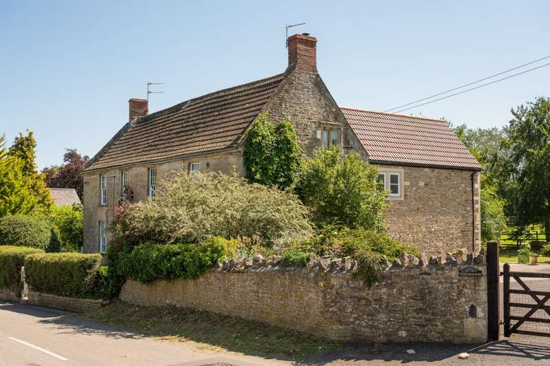 4 Bedrooms Detached House for sale in Trudoxhill, Frome, Somerset, BA11