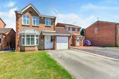 3 Bedrooms Detached House for sale in Rosehip Close, Walsall, West Midlands