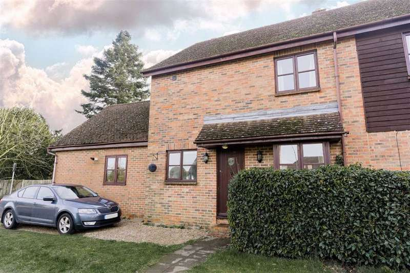 3 Bedrooms Semi Detached House for sale in Wrotham Road, Meopham
