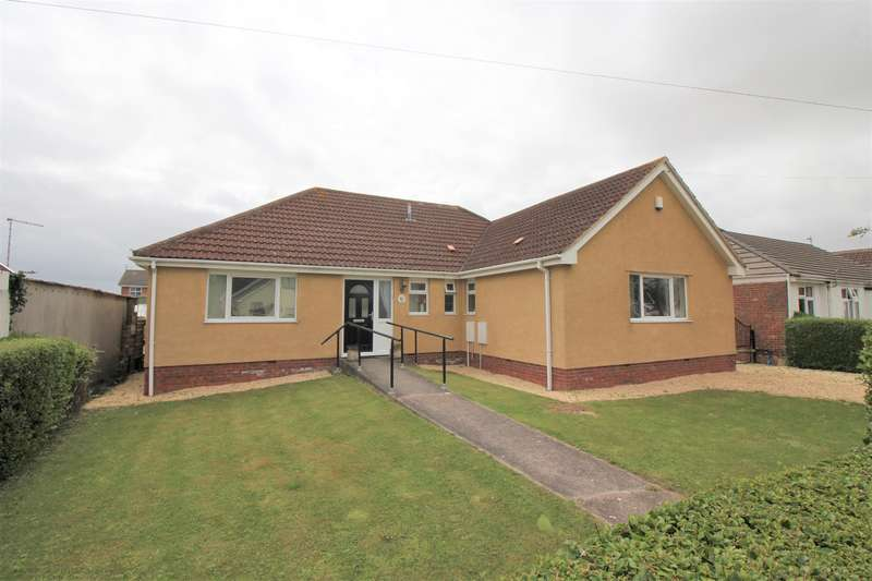 5 Bedrooms Detached House for sale in Beach Avenue, Severn Beach, BS35 4PB