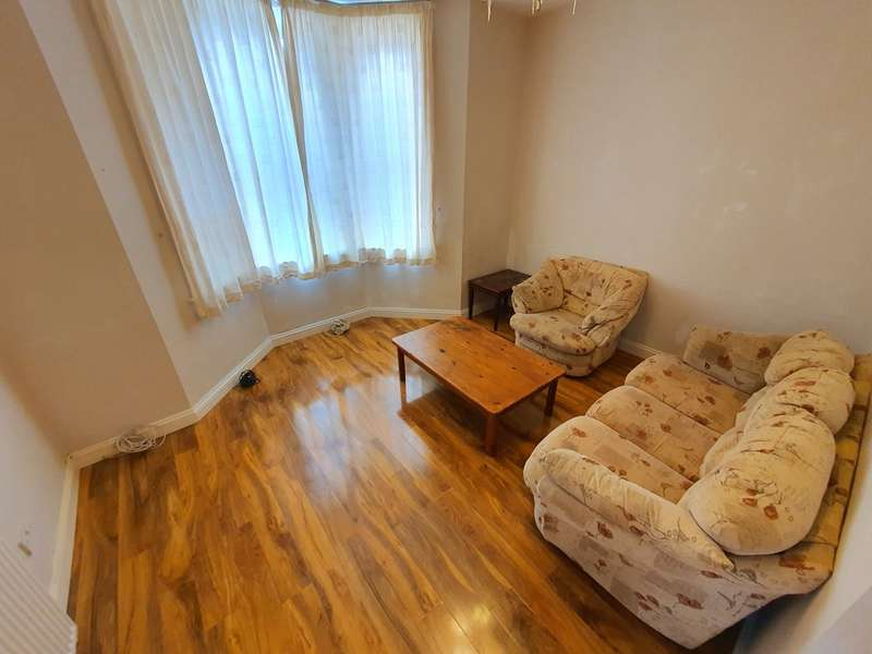 2 Bedrooms Property for rent in Wootton Mount, Bournemouth BH1