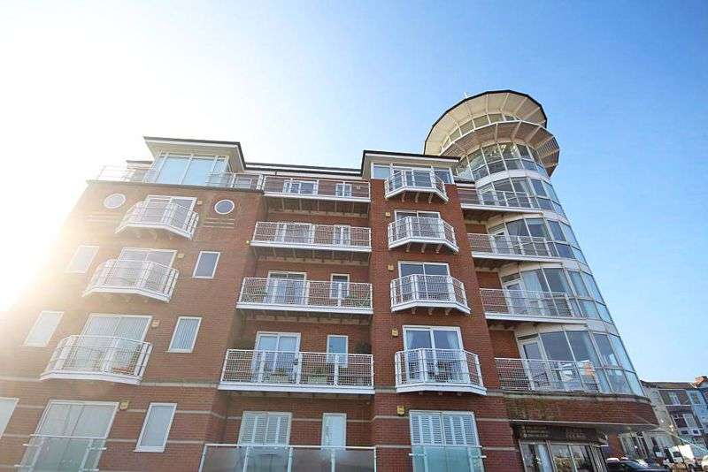 2 Bedrooms Property for sale in SEA VIEW STREET, CLEETHORPES
