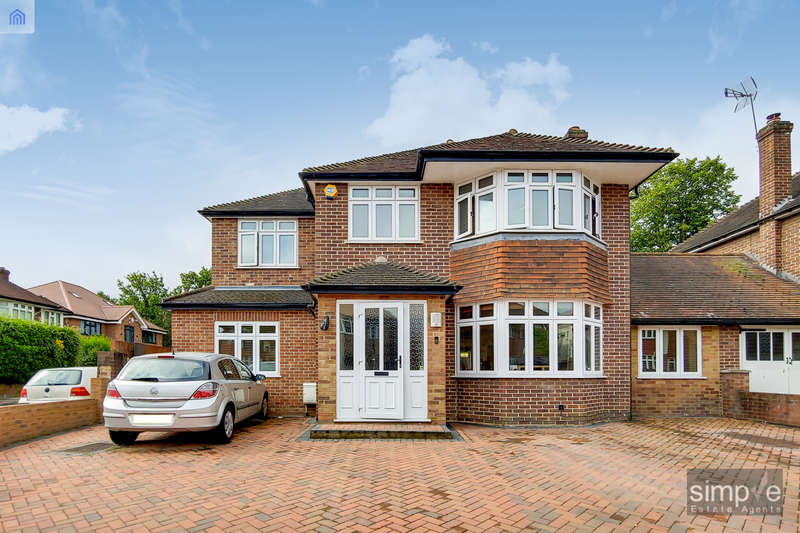 5 Bedrooms Detached House for sale in St Marys Avenue North, Southall, UB2