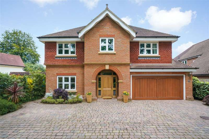 5 Bedrooms Detached House for sale in Littleheath Lane, Cobham, Surrey, KT11