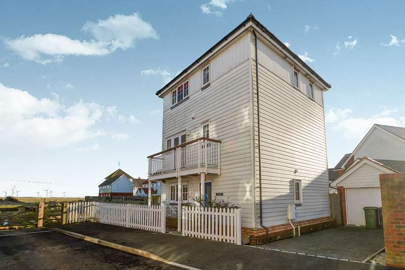 4 Bedrooms Detached House for sale in Linnet Lane, Camber, Rye, East Sussex, TN31