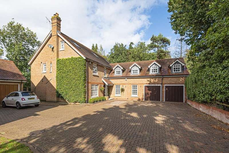 6 Bedrooms Detached House for sale in May Gardens, Elstree, Borehamwood