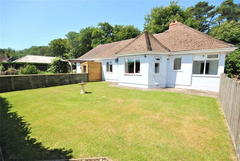 3 Bedrooms Detached Bungalow for sale in Blackpool Corner, Axminster, Devon, EX13