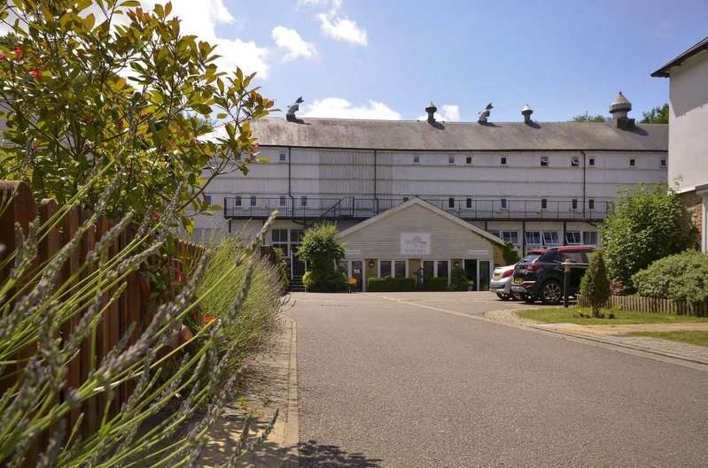 1 Bedroom Apartment Flat for sale in Hayle Mill, Hayle Mill Road, Maidstone, Kent, ME15