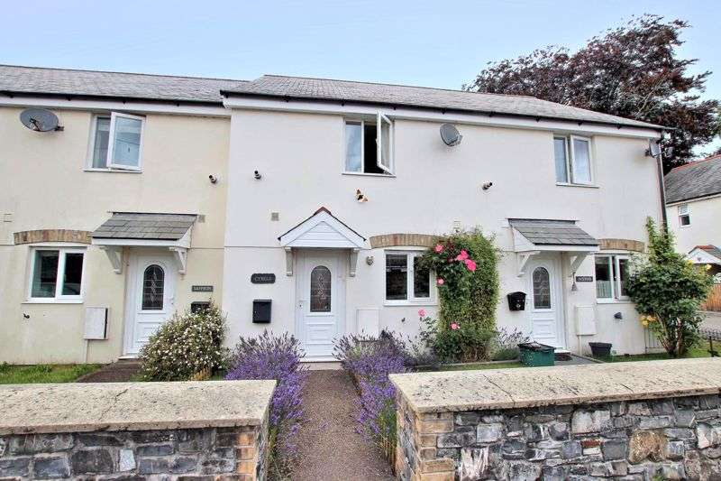 2 Bedrooms Property for sale in POPULAR VILLAGE LOCATION - LIFTON