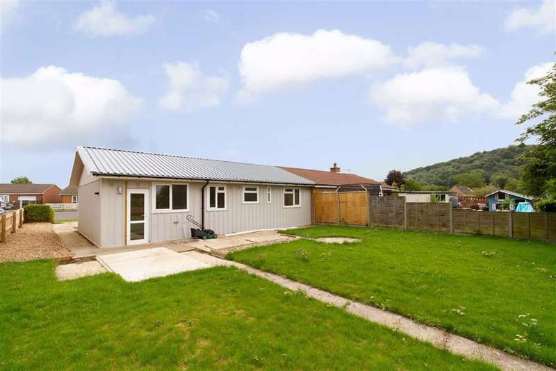 2 Bedrooms Property for sale in Turner Road, Woodfields, Cam, GL11