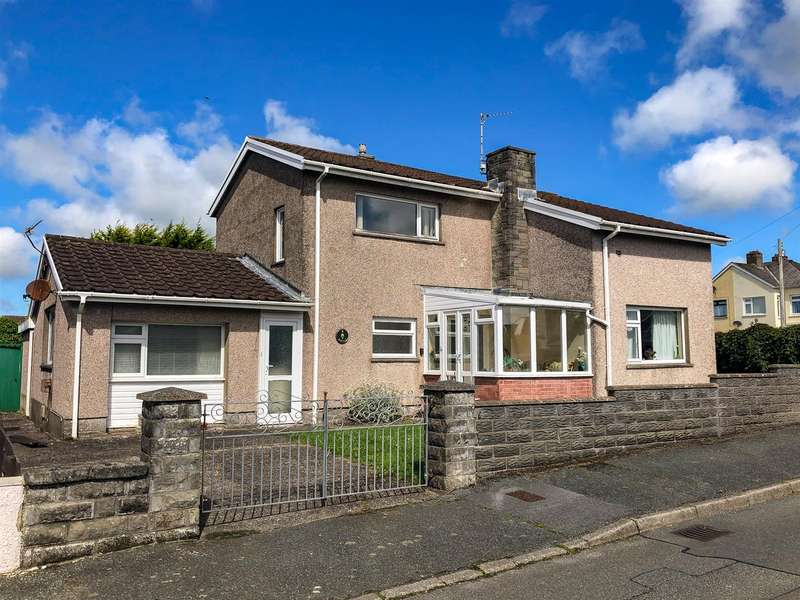 4 Bedrooms House for sale in Haven Park Avenue, Haverfordwest