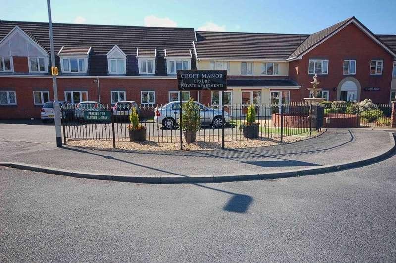 2 Bedrooms Apartment Flat for sale in Croft Manor, Mason Close, Freckleton, PR4 1RG