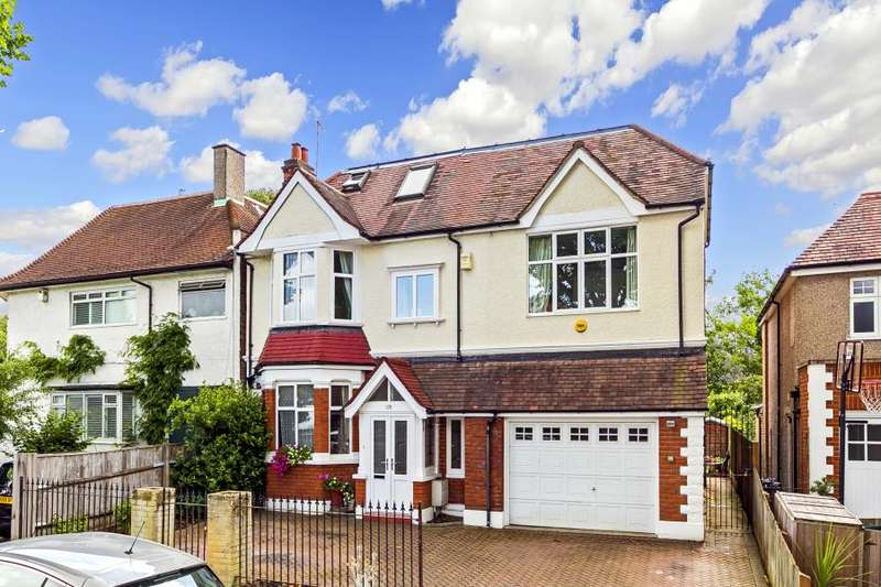 6 Bedrooms Detached House for sale in Gloucester Road, Hampton, TW12
