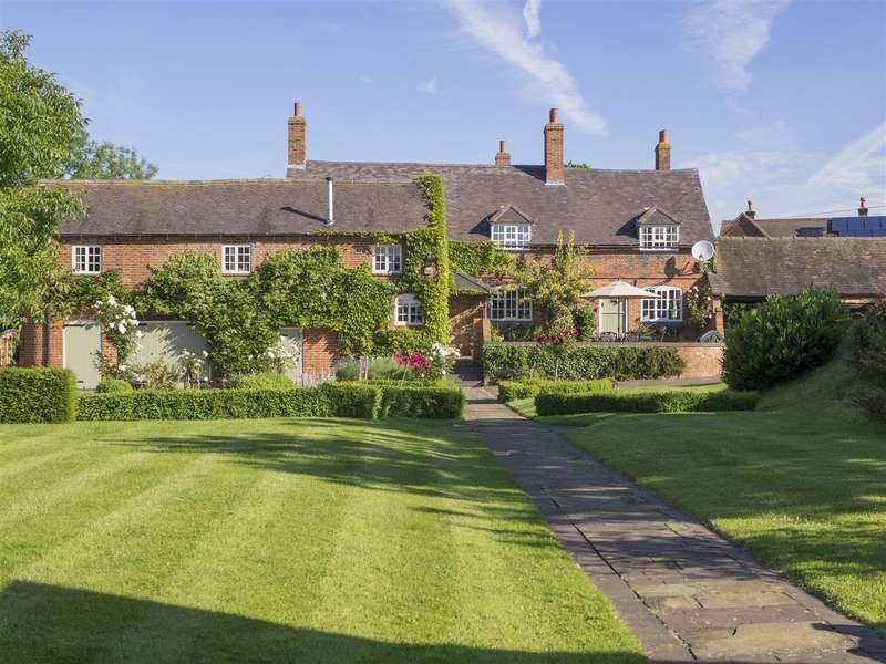 6 Bedrooms Detached House for sale in Netherseal Road, Chilcote, Leicestershire