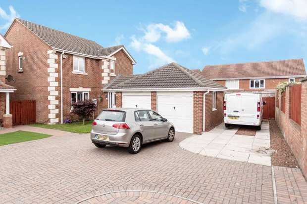 Detached House for sale in Goldfinch Road, Hartlepool, Cleveland, TS26 0SN