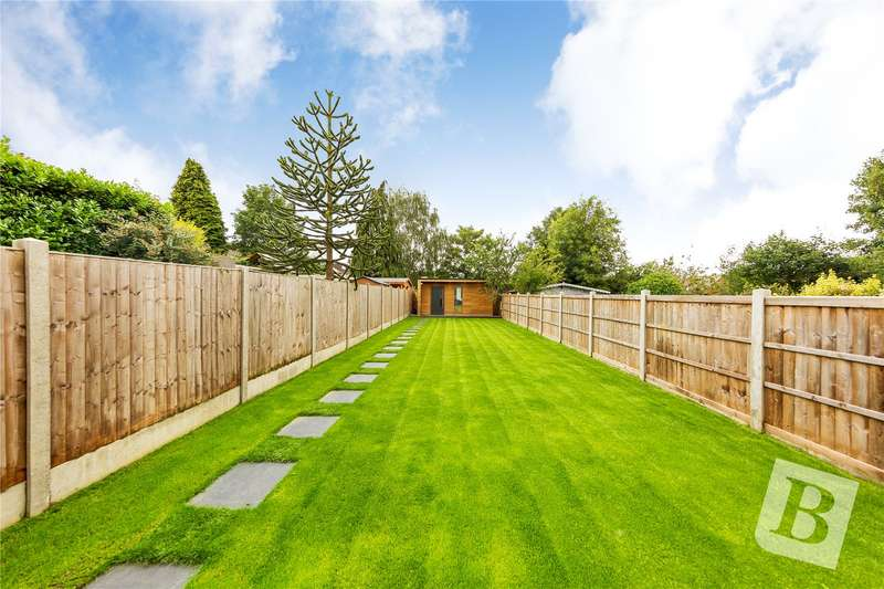 4 Bedrooms Semi Detached House for sale in Warley Mount, Warley, Brentwood, Essex, CM14
