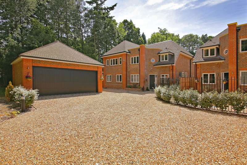 6 Bedrooms Detached House for sale in Brackenhill Close, Oxhey Drive South, Northwood
