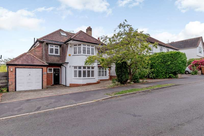 5 Bedrooms House for sale in Hill Rise, Rickmansworth, WD3 7NY