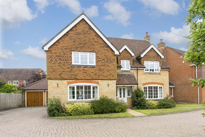 5 Bedrooms Detached House for sale in Pearl Way, Kings Hill