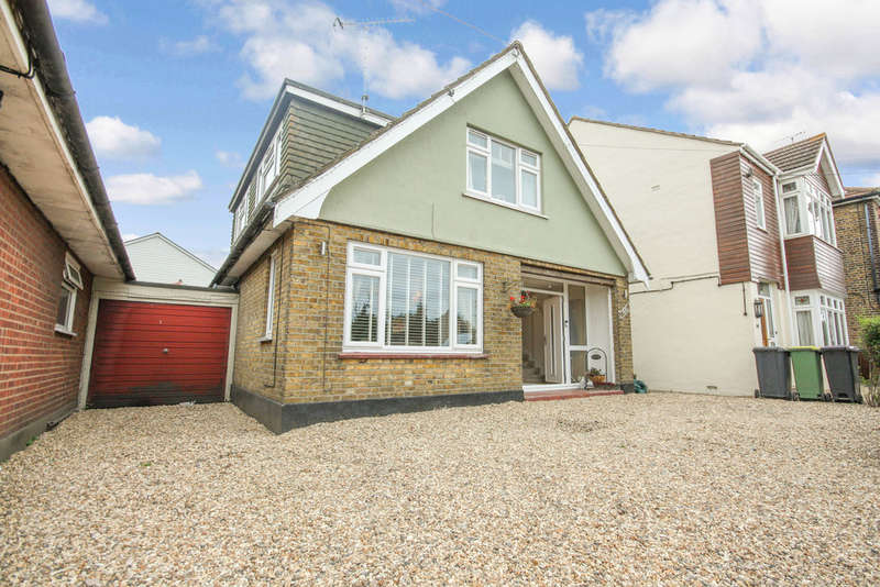 4 Bedrooms Detached House for sale in Sutton Road, Rochford