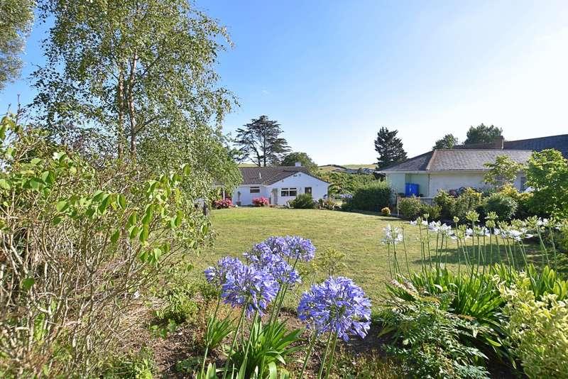3 Bedrooms Bungalow for sale in Preston