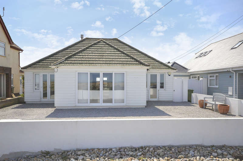 4 Bedrooms Detached Bungalow for sale in Coast Drive, Lydd On Sea