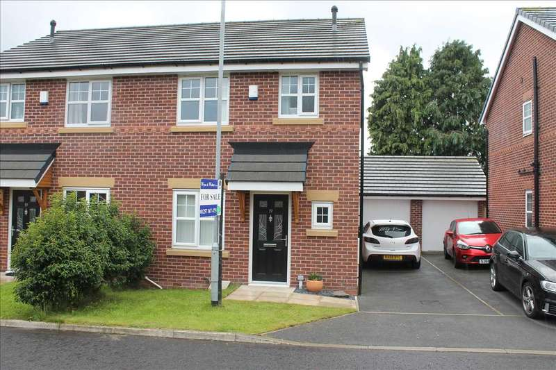 3 Bedrooms Semi Detached House for sale in Dukes Park Drive, Chorley