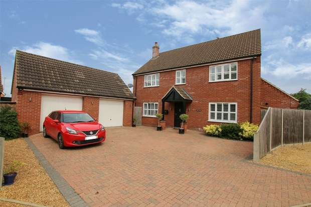 4 Bedrooms Detached House for sale in Dersingham