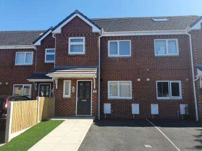4 Bedrooms Terraced House for sale in Langwood Mews, Fleetwood, Lancashire, FY7