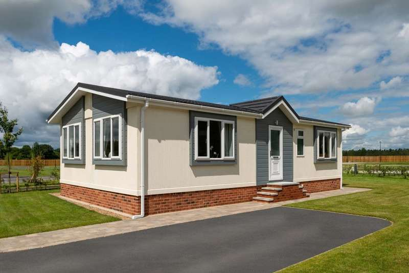 2 Bedrooms Mobile Home for sale in Eastern Green Park Two, Penzance