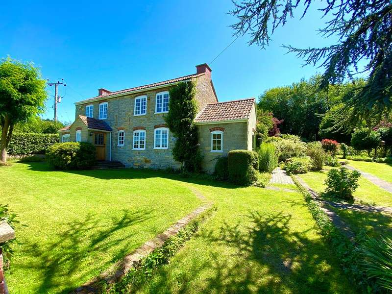4 Bedrooms Detached House for sale in Standle Lane, Stinchcombe, Dursley, GL11 6BH