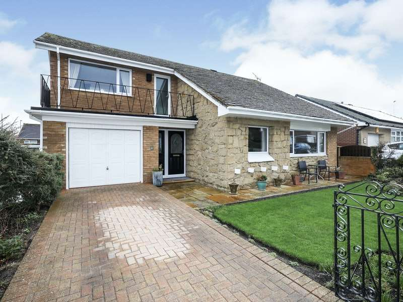 3 Bedrooms Detached House for sale in Hoober View, Rotherham, South Yorkshire, S62