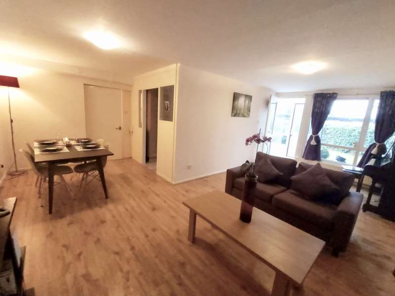2 Bedrooms Flat for sale in Spring Close View, Sheffield, South Yorkshire, S14