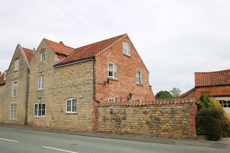 4 Bedrooms Semi Detached House for sale in Cliff Road, Wellingore, Lincoln