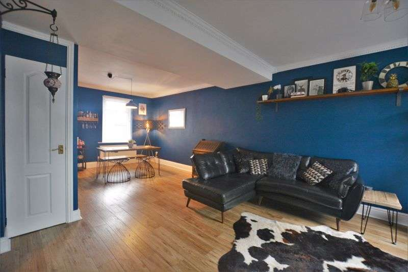 3 Bedrooms Property for sale in Frizington Road, Frizington