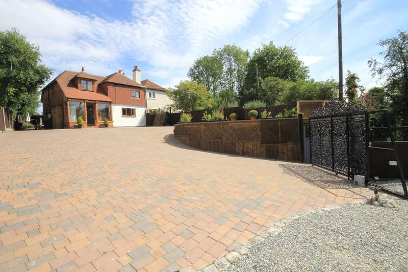 4 Bedrooms Semi Detached House for sale in Bushy Close, Boughton Under Blean