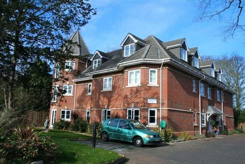 2 Bedrooms Apartment Flat for rent in Bath Road, Maidenhead SL6