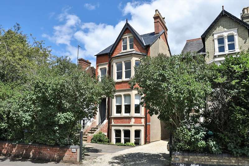 5 Bedrooms Semi Detached House for sale in Woodstock Road North Oxford