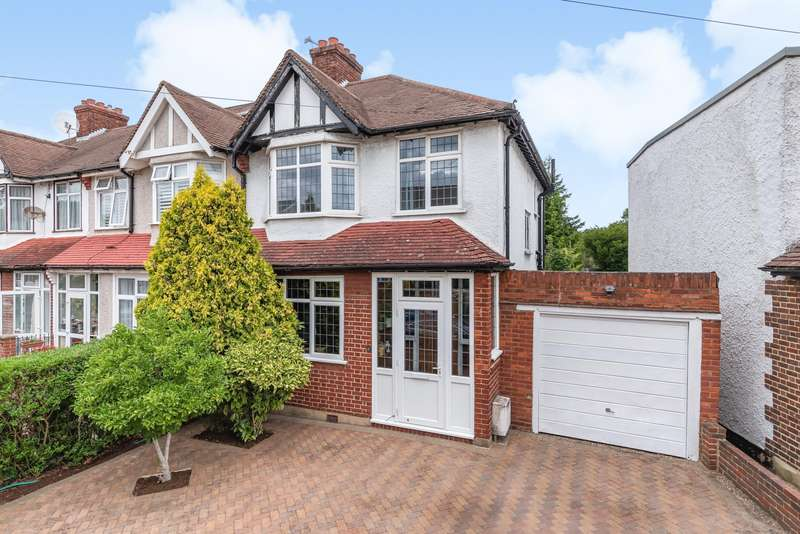 3 Bedrooms House for sale in Martin Grove, Morden, SM4