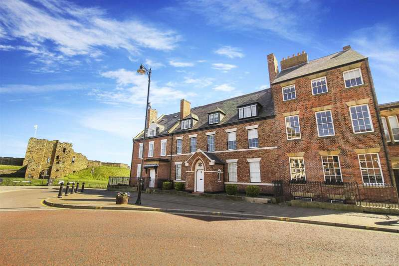 2 Bedrooms Flat for sale in Front Street, Tynemouth