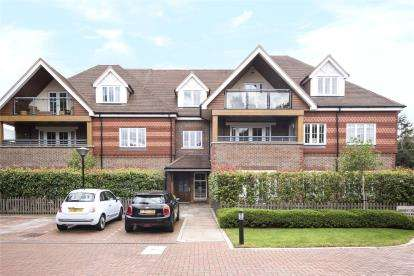 3 Bedrooms Flat for sale in Wessex Court, 15 Bickley Road, Bromley