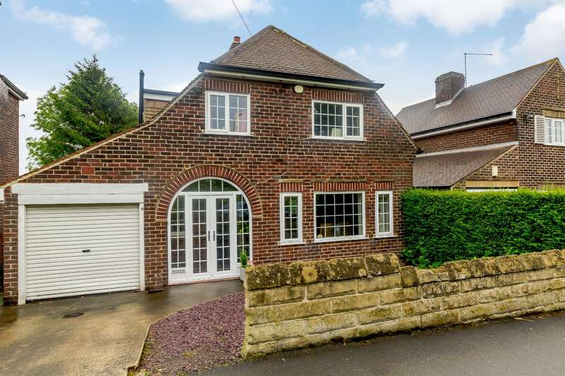 3 Bedrooms Detached House for sale in Halifax Road, Grenoside, Sheffield, S35 8PA