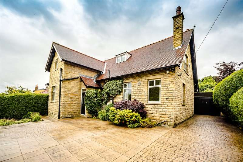 4 Bedrooms Detached House for sale in Woodhouse Lane, Brighouse, West Yorkshire, HD6