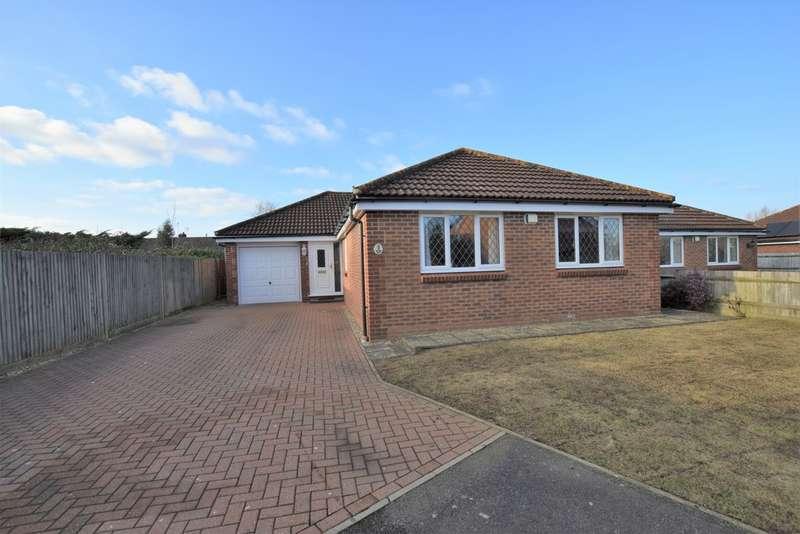 3 Bedrooms Detached Bungalow for sale in Park Road, Kennington, Ashford