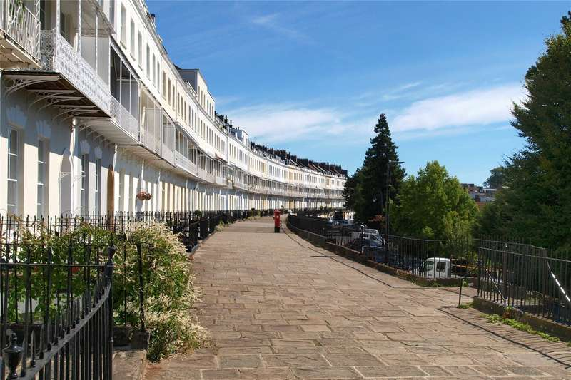 4 Bedrooms Flat for sale in Royal York Crescent, Clifton, Bristol, BS8