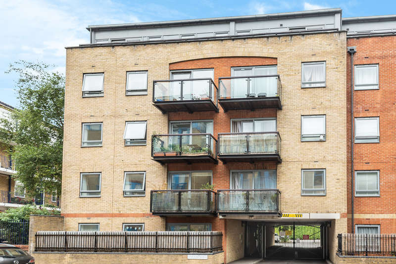 3 Bedrooms Flat for sale in Rotherhithe Street, Rotherhithe