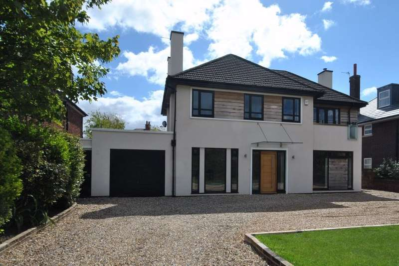4 Bedrooms Detached House for sale in Clifton Drive South, Lytham St Annes, FY8