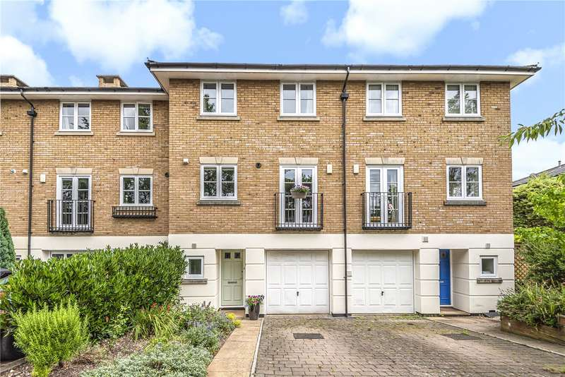 4 Bedrooms Terraced House for sale in Cornes Close, Winchester, Hampshire, SO22