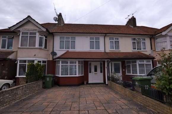 3 Bedrooms Property for rent in Clarendon Road, Cheshunt Waltham Cross